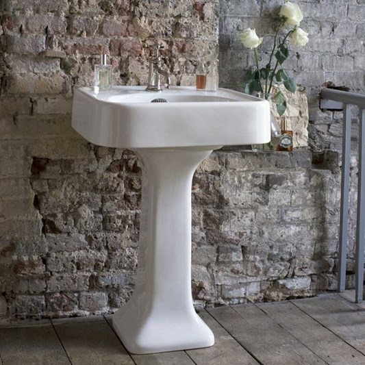 Arcade 600mm Basin with Overflow and Pedestal