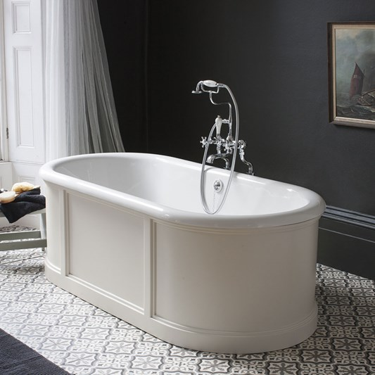 Burlington London Bath with Curved Surround, Overflow and Waste -1800 x 850mm