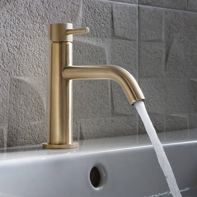 Crosswater MPRO Basin Mixer Tap with Knurled Detailing - Brushed Brass