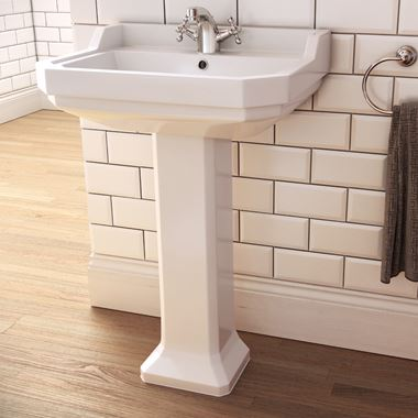 Imex Wyndham Traditional 580mm Pedestal Basin