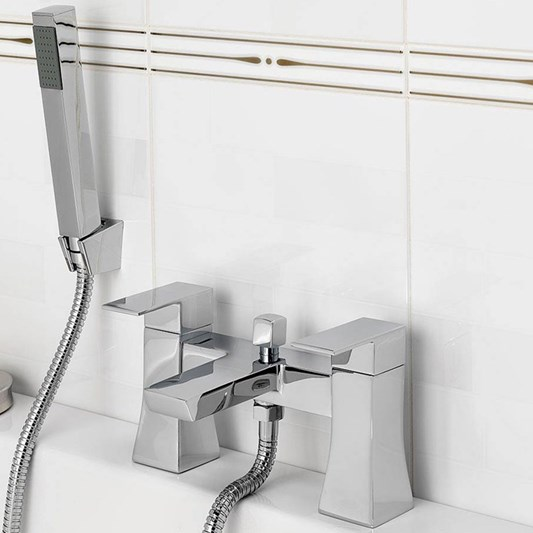 Vellamo Flare Bath Shower Mixer Tap