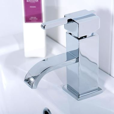 Vellamo Poise Basin Mixer Tap with Clicker Waste